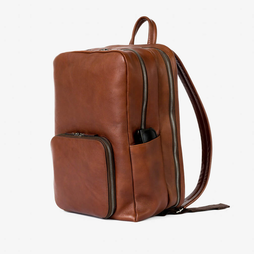 venture_cognac_4_1024x1024_Leather_backpack_Ashley_Weston
